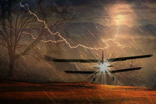 К чему видеть во сне падение самолета